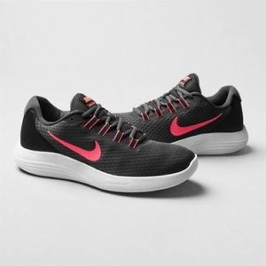 *Brand New* Nike Lunarconverge Trainers Pink